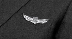 United-Airlines-Wing-Pin